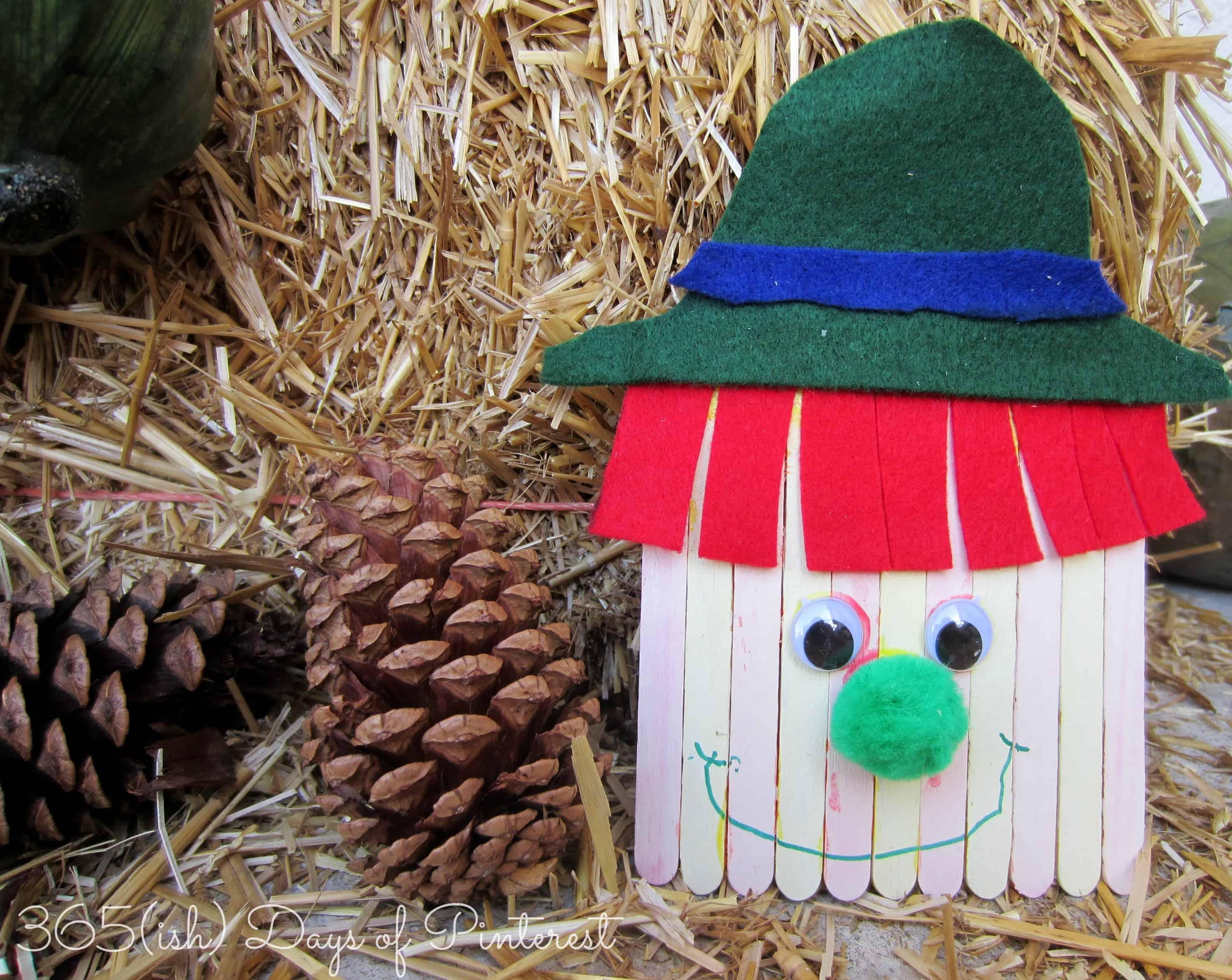 Craftstick Scarecrow Craft: Vol. 2, Day 28