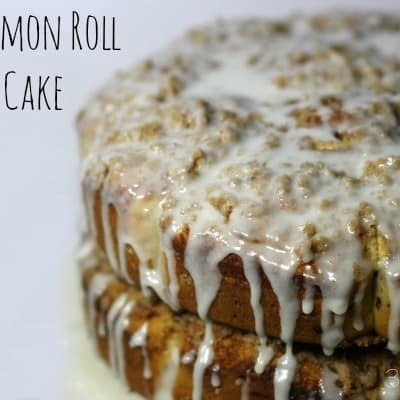 cinnamon roll crumb cake takes a plain cinnamon roll and ups the ante!