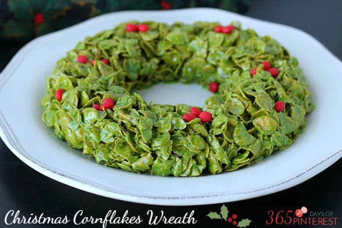 A gooey, sweet and delicious treat that's perfect for Christmas parties, this Christmas Cornflakes Wreath comes together in less than 10 minutes!
