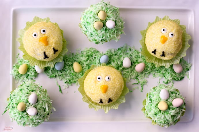 Looking for something to do with the kids over Spring Break? Make these Easy Easy Cupcakes and put some of that Easter candy to good use!