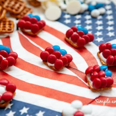 Add a festive touch to your summer table with these Patriotic Pretzel Bites. Every bite is a combination of sweet and salty!